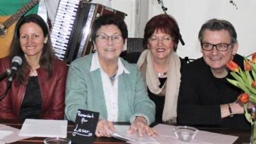 """Muttertagslesung mit """"Tina Schlegel & Friends"""""""